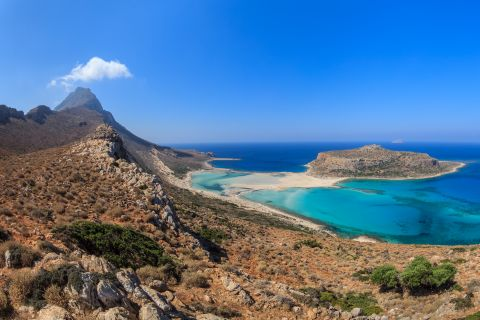 Image: 2021-01/balos-lagoon-and-gramvousa-island-in-hania-crete-pdebbhq.jpg